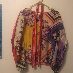 Beautiful CABI blouse